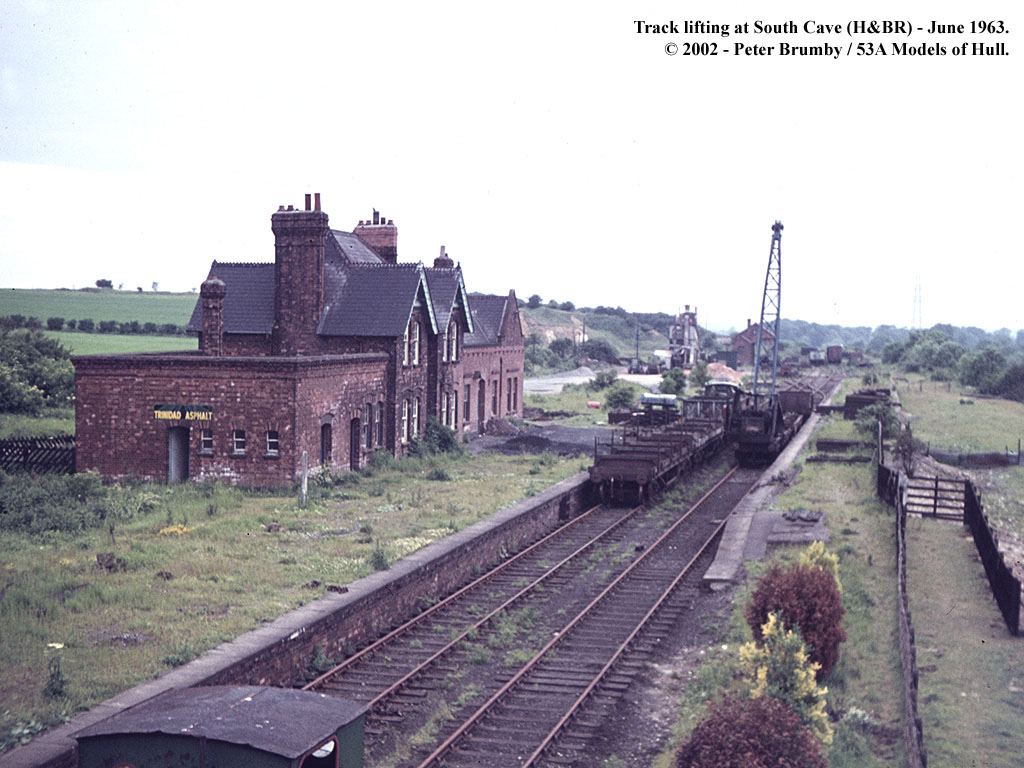 Track lifting underway at South Cave station in June 1963. Enlarge © Peter Brumby/53A Models